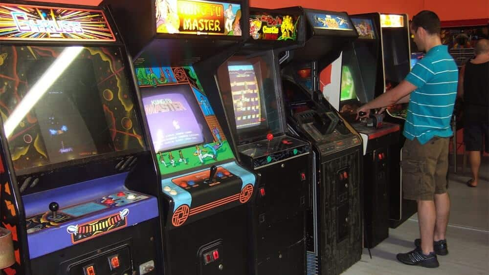Arcade machines: the essence of past video games