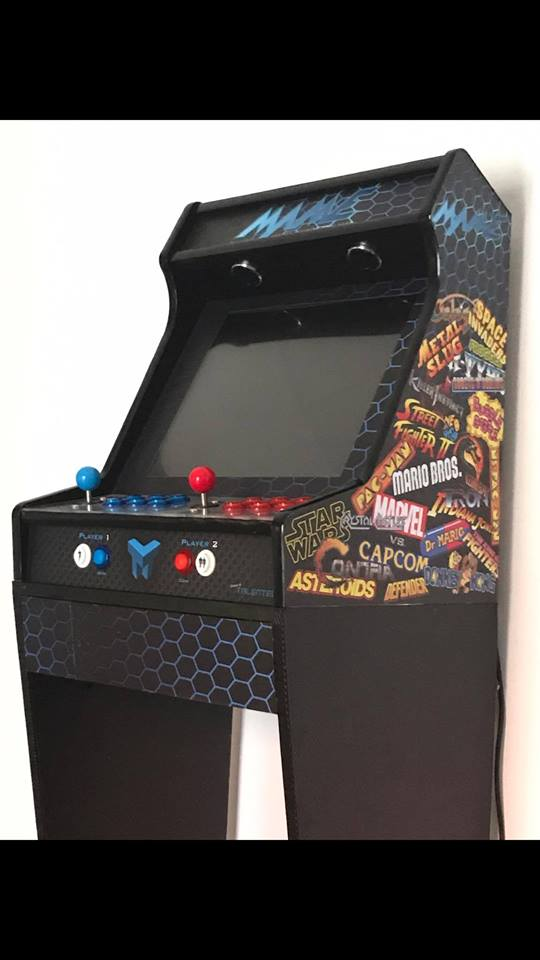 Bartop MAME 19 and mini bartop Mortal Kombat; with stands