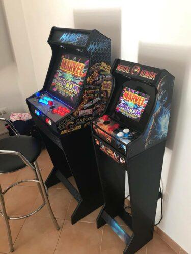 181021 Bartop pedestal PacMan 19 3 375x500 - Bartop MAME 19 y mini bartop Mortal Kombat; con pedestales -