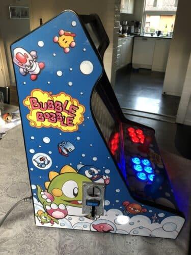 IMG 2682 375x500 - Bartop con disegno di Bubble Bobble -