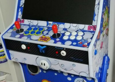 "Bartop + Stand 24 ""with Bubble Bobble design"