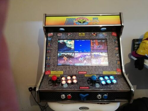 "150766618 301233813861678 892162825907077120 n 500x375 - Bartop 24"" with Street Fighters vinyl -"