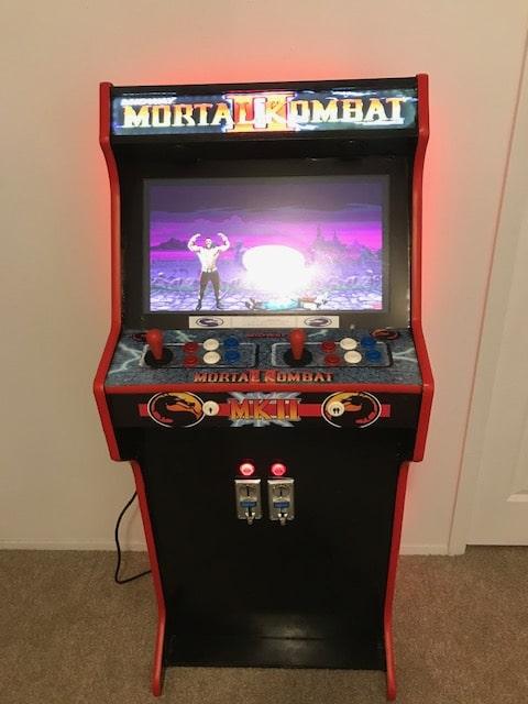 """Bartop 24 """"+ Piedistallo con design personalizzato di Mortal Kombat"""