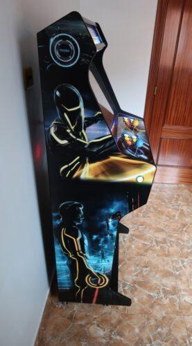 Bartop pedestal personalizado 5 277x500 - Bartop + Piedistallo con design personalizzato -