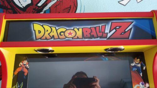 "Bartop pedestal dragon ball 5 500x281 - Bartop 24"" et socle avec vinyle personnalisé -"