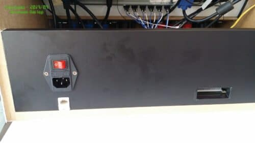 """Bartop 19 personalizado 22 500x281 - Bartop 19 """"con design personalizzato -"""