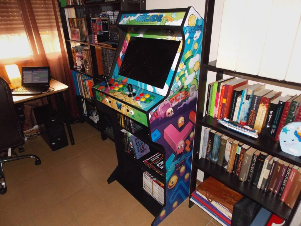 "ETjIaWOXQAU5k6K 1024x768 - Bartop 19"" Mix Games -"