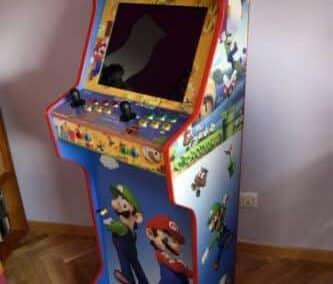 Bartop 19 con pedestal y vinilo personalizado de Super Mario
